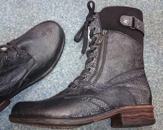 Ako opraviť topánky zo syntetiky zničenej impregnáciou